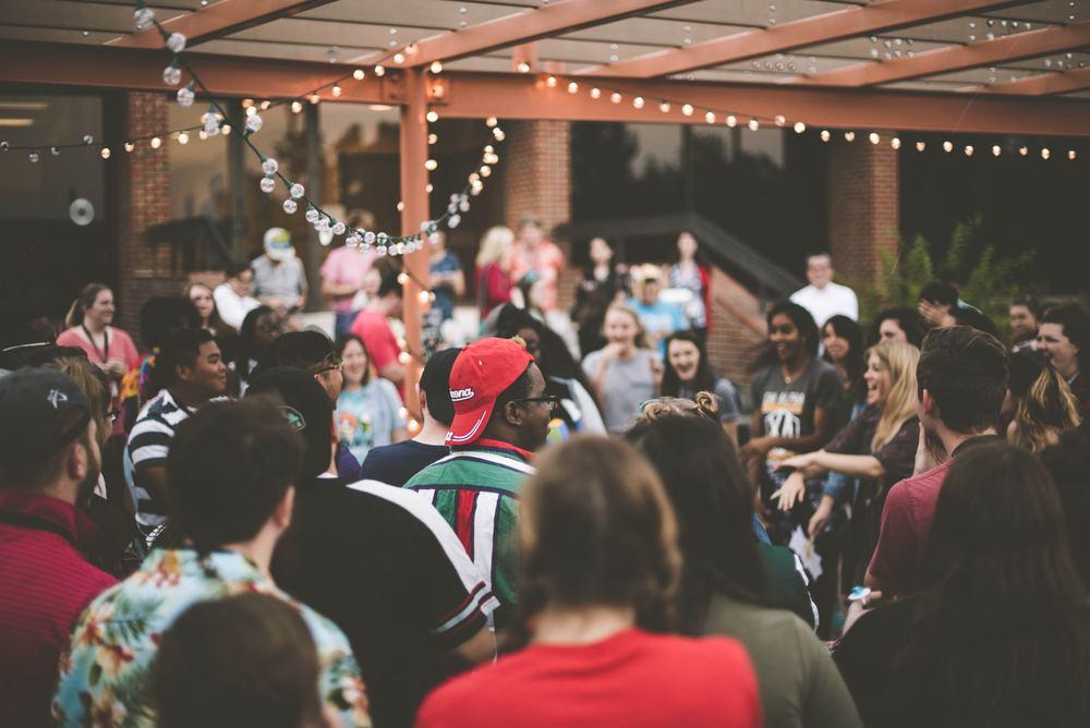 Få et brag af en fest ved at leje en jukebox
