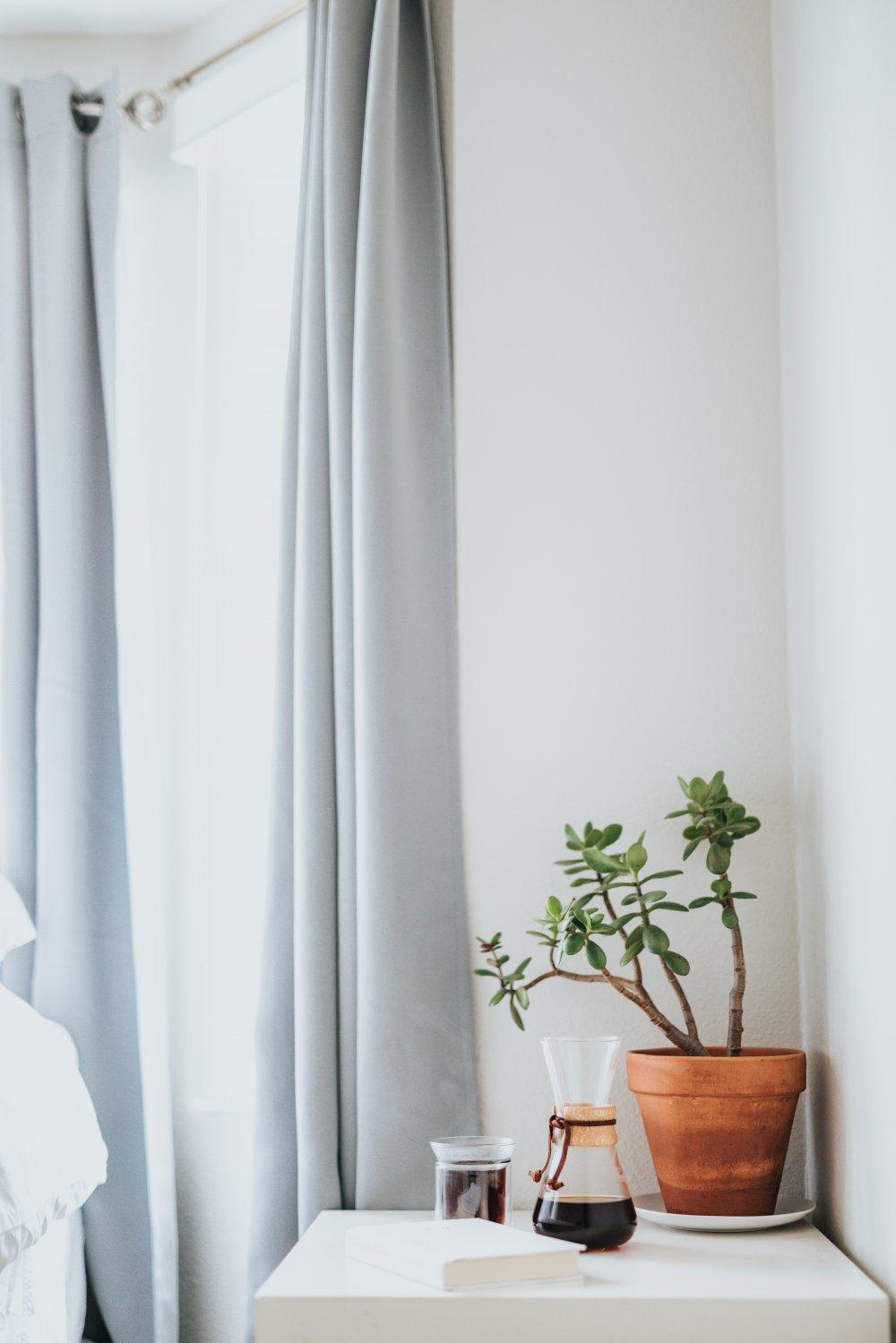 Sådan får du lettest nye gardiner til boligen