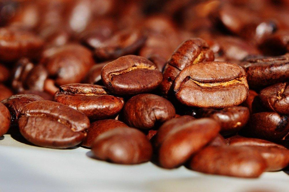 En kaffeknallert får kaffen let omkring