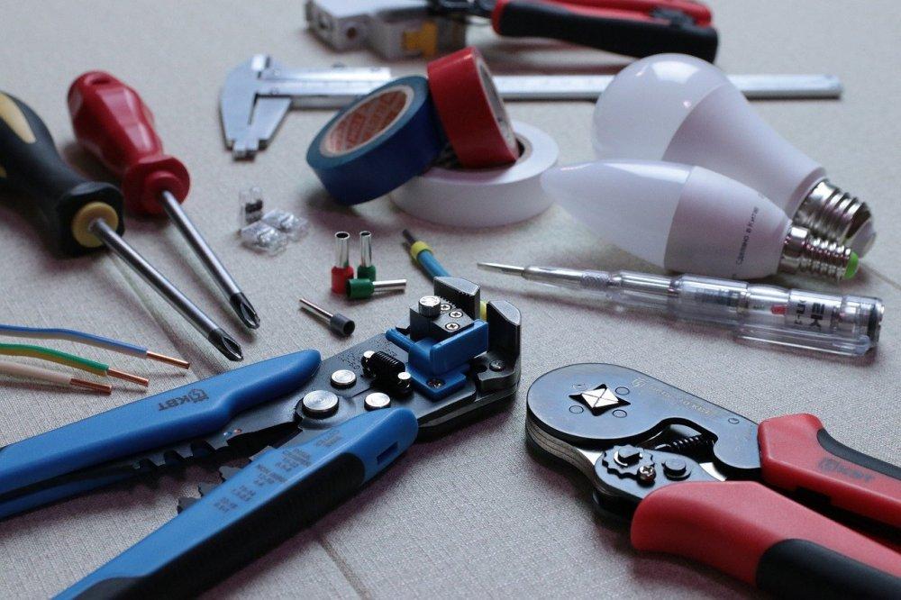 Lad din lokale el-installatør i Frederikshavn hjælpe med el-arbejdet