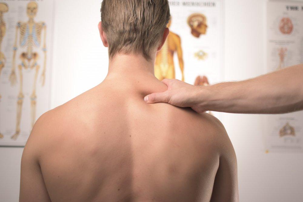 Få hjælp til smerter og spændinger hos en kiropraktor